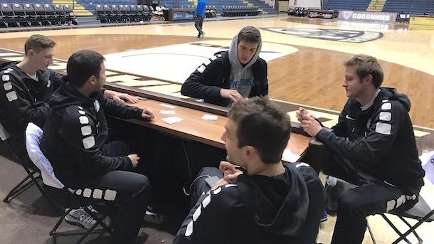 st. louis university men's basketball team bus stolen stranding players