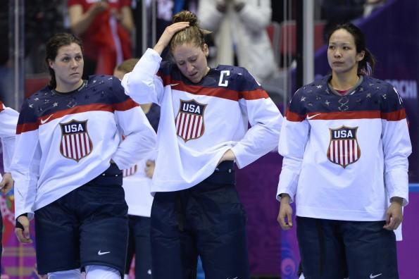 OLY-2014-IHOCKEY-CAN-USA-WOMEN
