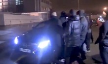 PSG Fans Heckle Players, Attack Their Cars As They Arrive Home After Epic Champions League Collapse (Video)