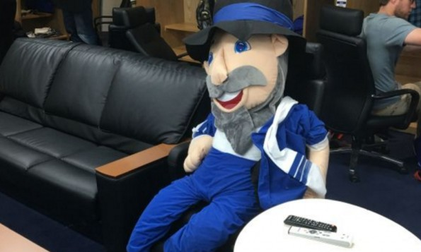 Israel S Baseball Team Has The Seriously Awesome Mascot