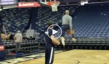 40-Year-Old Vince Carter Casually Drains Half-Court Shot, Nails Between-The-Legs Dunk (VIDEO)