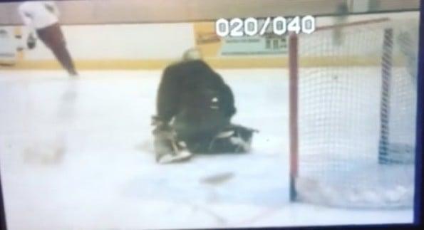 Bruins call up goalie