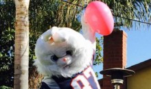 Patriots TE Gronkowski Celebrates Easter By Spiking an Egg (PIC)