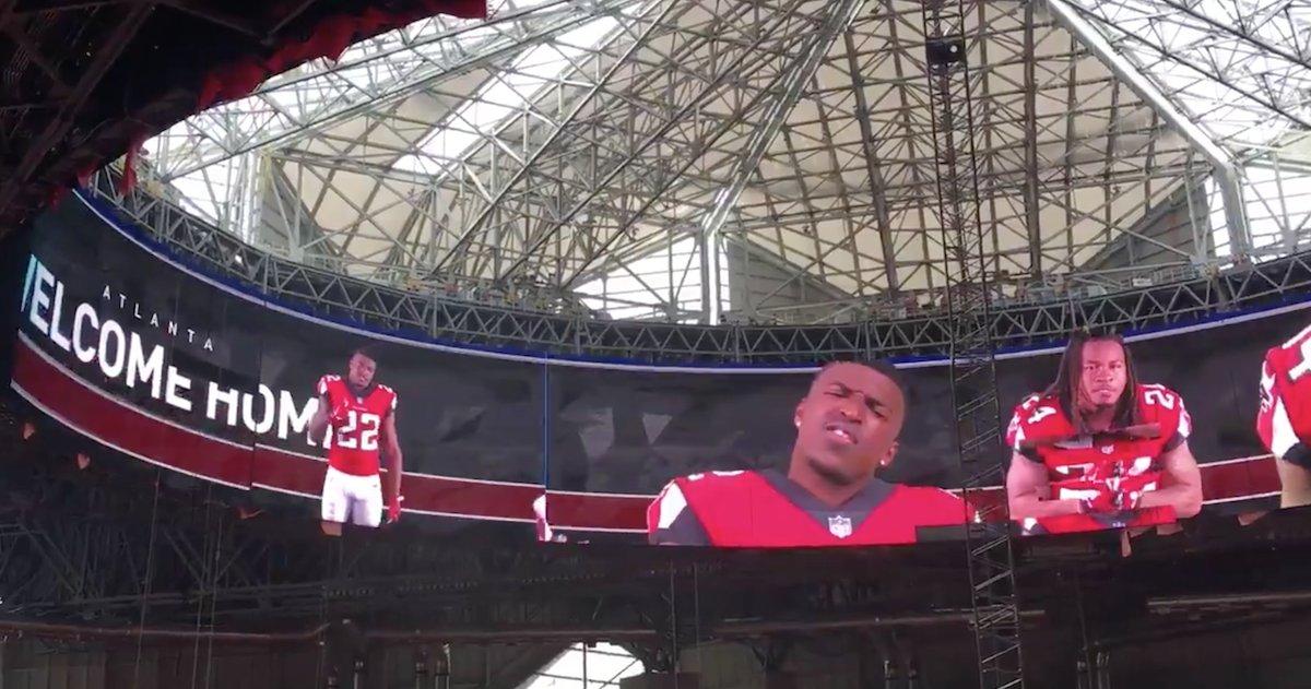Atlanta Falcons Unveil Halo Video Board In New Stadium