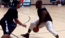 Le'Veon Bell Shows Off Healthy Groin, Mad Skills on Basketball Court (Video)