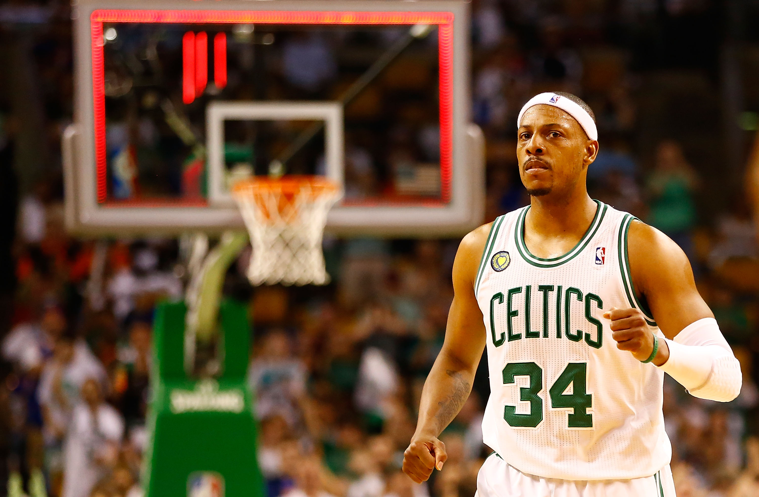 Paul Pierce Signs Contract to Retire as Celtic