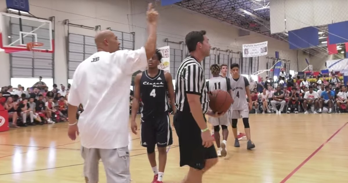 LaVar Ball gets technical at AAU game, pulls team off the court