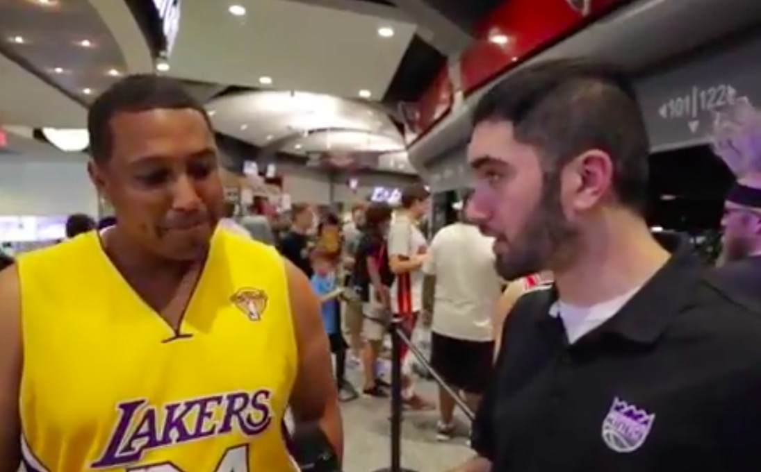 Kings troll Lakers fans with questions about fake players