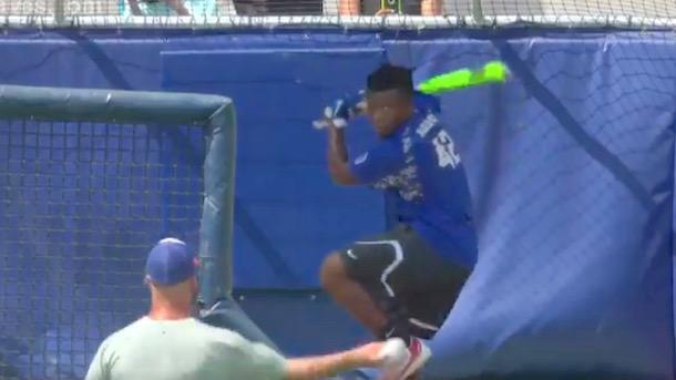 Jayce Blalock 13-year-old Little Leaguer Hits 400-foot home run at Atlanta Braves stadium