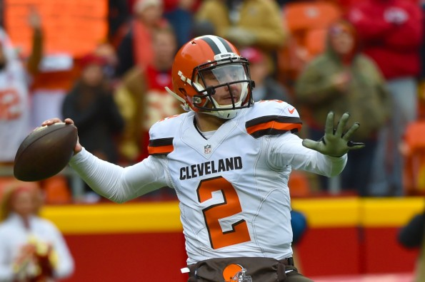 Johnny Manziel gets taste of his own medicine at Spring League practice