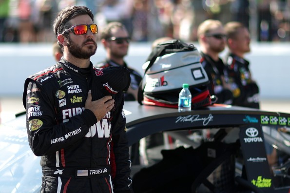 Monster Energy NASCAR Cup Series ISM Connect 300
