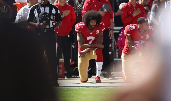Kaepernick praises Miami Dolphins for kneeling during national anthem
