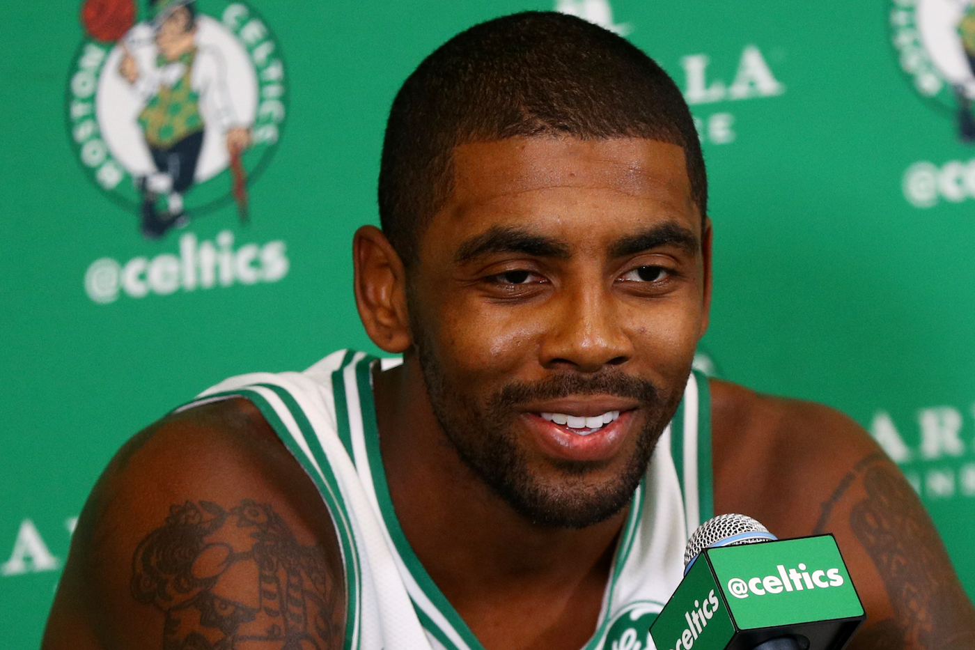 Kyrie: Flat Earth Comments an Experiment, 'exploitation Tactic'