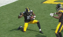 Steelers' Martavis Bryant Celebrates TD By Playing Dice With Teammates (VIDEO)
