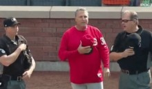 Reds Manager Pauses Argument With Umps For 'God Bless America' (Video)