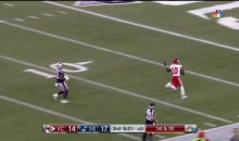 Tyreek Hill Gives The 'Peace' Sign To Pats Defender As He Scores Touchdown (VIDEO)