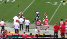Eagles' Zach Ertz Caught a Crazy Deflected Pass That Should've Been Intercepted By The Chiefs (VIDEO)