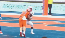 New Mexico QB Took a Brutal Late Hit That Left Him Wobbling While Leaving The Field (VIDEO)