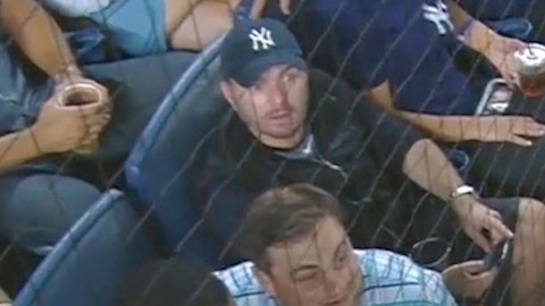 yankees fan ejected for tipping pitches friend reaction