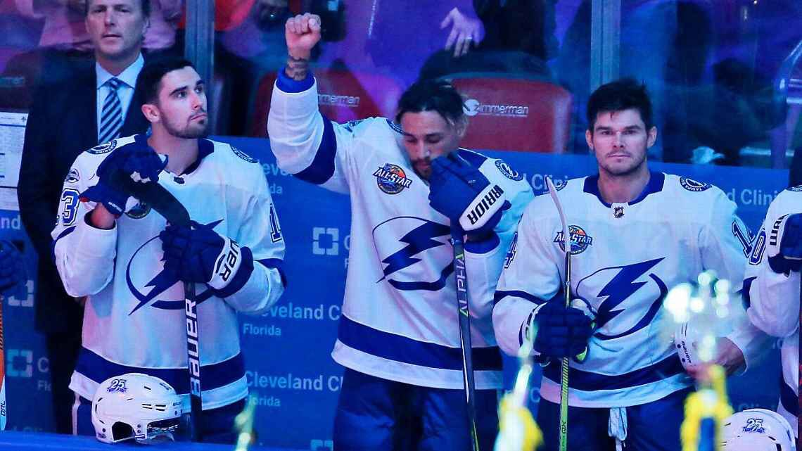 JT Brown Becomes First in NHL to Join National Anthem Protest