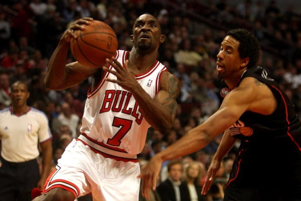Ex-NBA player Ben Gordon's legal troubles continue with felony robbery charge