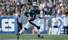 Carson Wentz Unbelievably Stayed In The Game For 4 Plays & Threw A TD Pass On His Torn ACL (VIDEO)