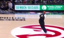 Atlanta Hawks Fan Sinks $10,000 Half-Court Shot With Ugliest Form Ever (VIDEO)