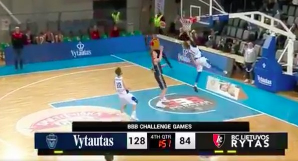 The 5 craziest moments from LaMelo Ball's 31-point game in Lithuania