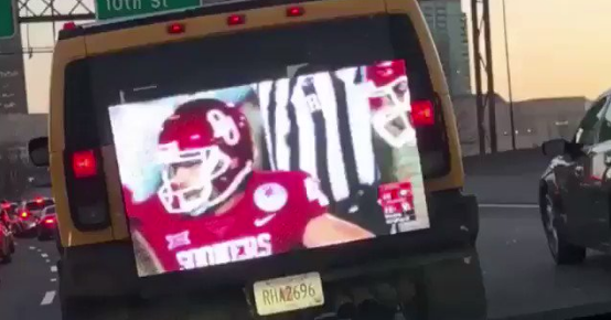 Georgia Fan Returns With Big Screen Tv On Hummer Playing