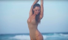 SI Swimsuit Model Alexis Ren Shows Off Some Killer Dance Moves (VIDEOS)