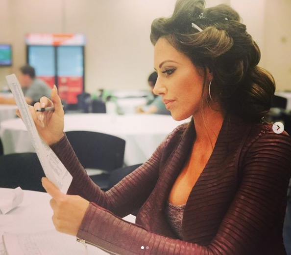 Holly Sonders Hot Pictures That Are Absolutely Must See