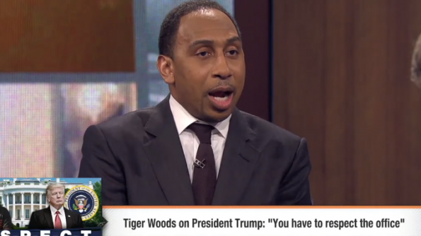 Donald Trump tweets support of Tiger Woods