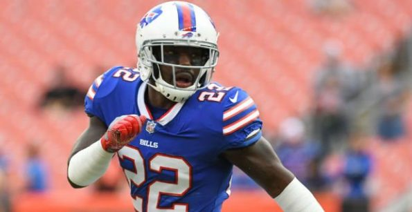 Vontae Davis Quit on the Bills at Halftime, Changed into Street Clothes, and Left