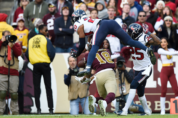Washington Redskins' Alex Smith suffers broken leg in loss to Houston Texans