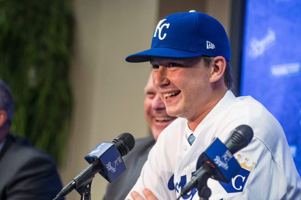 Royals first-round pick Brady Singer pays off parents' debt for Christmas