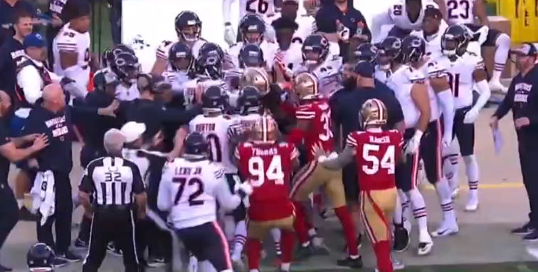 cheap for discount faf15 c37e9 Crazy Brawl Breaks Out Between 49ers-Bears After Marcell ...