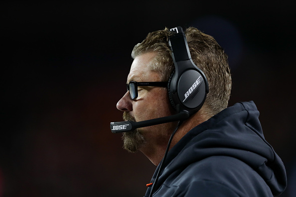 Former Broncos coach Joseph could join Browns