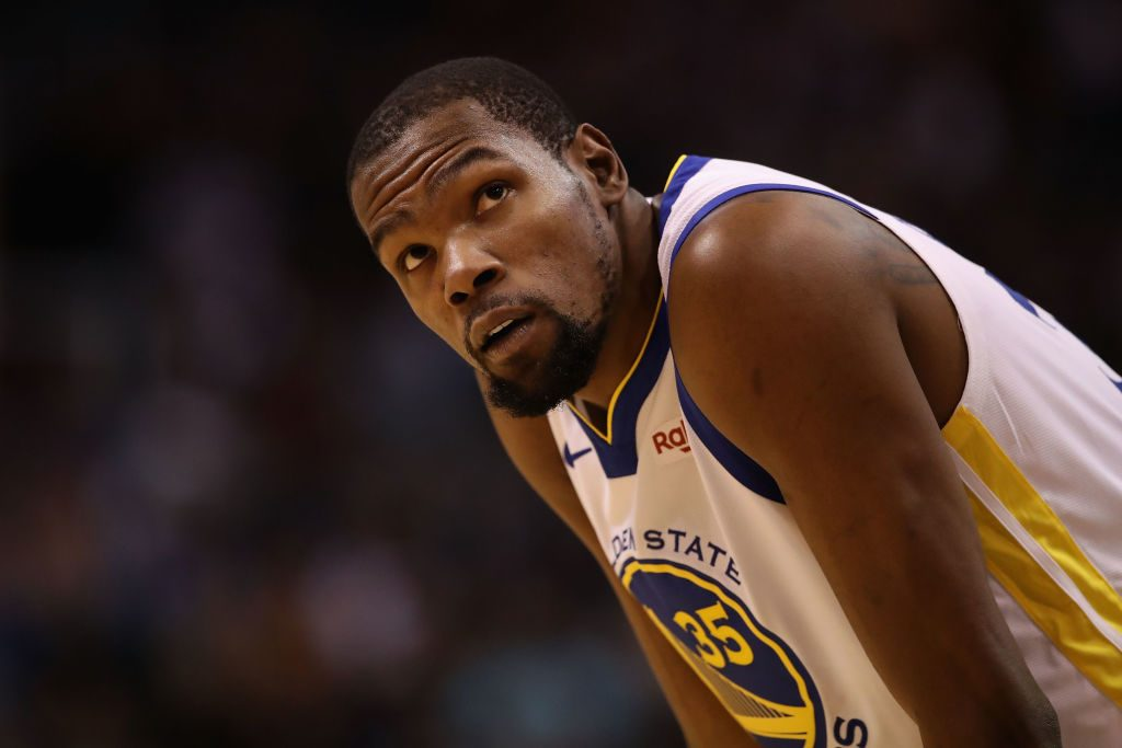 Knicks remove photo of Kevin Durant from season-ticket promotion