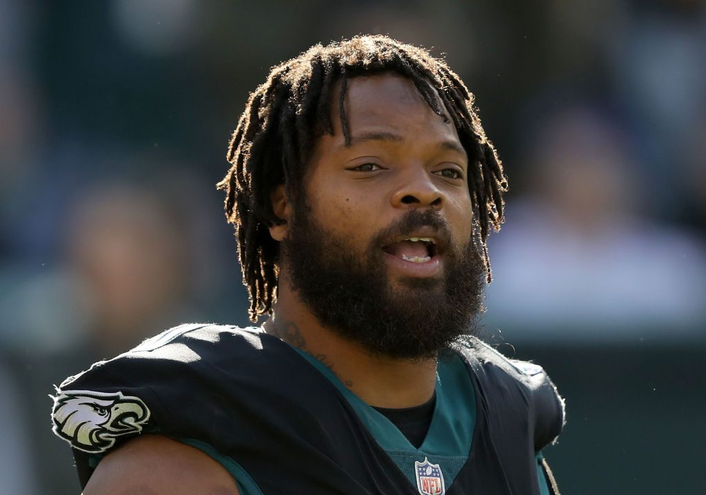 Felony charge against Michael Bennett, stemming from Super Bowl incident, dropped