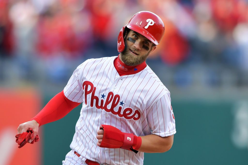 Bryce Harper Receives Standing Ovation in Phillies Debut