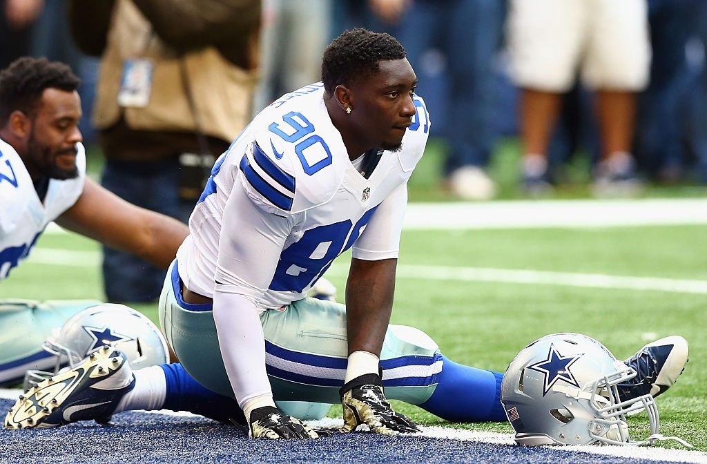 DeMarcus Lawrence Should Be Reprimanded For Reaction To Giants Fan, Dad Says