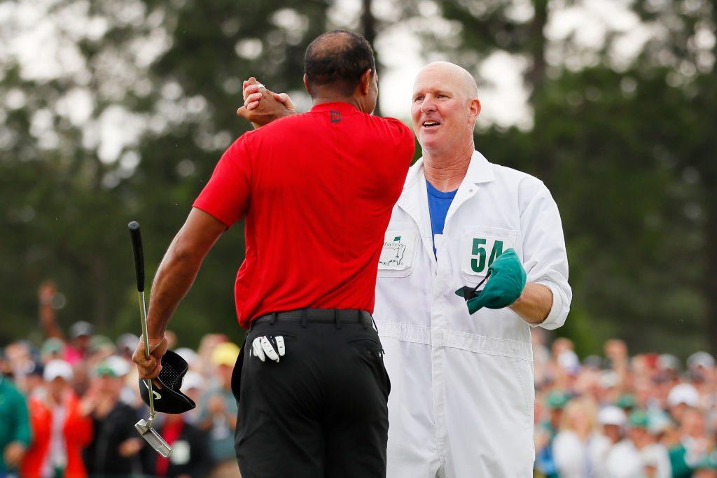 Masters 2019: Tiger Woods' caddie wears Saquon Barkley jersey for Sunday round