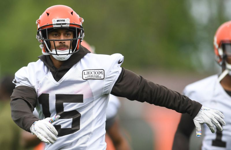 browns signed wr who had to lie his butt off to even