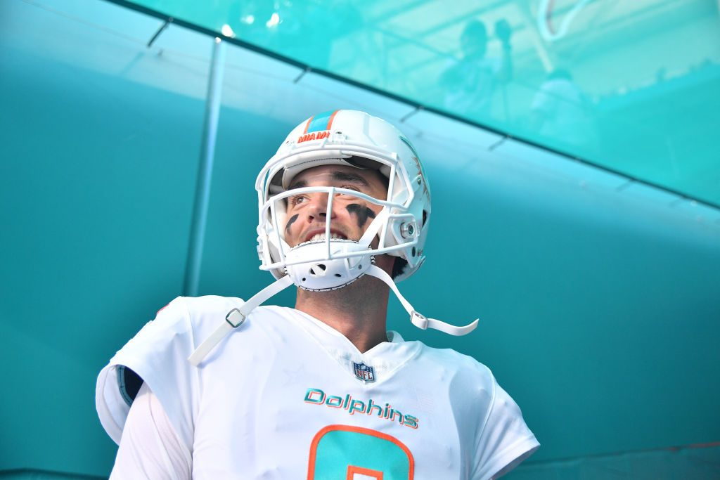 Brock Osweiler officially retires after 7 seasons with Broncos, Texans, Dolphins