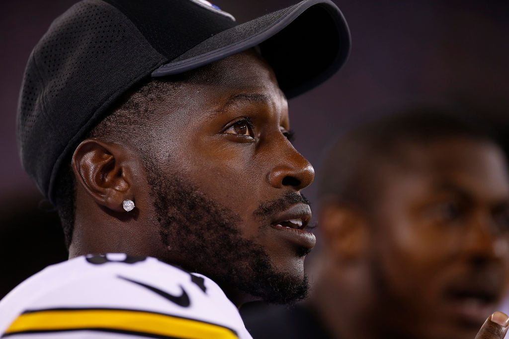 Antonio Brown to meet with National Football League  next week; teams remain interested