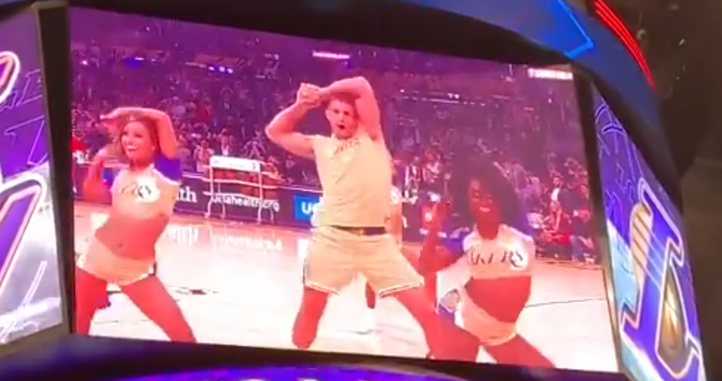 Rob Gronkowksi Dances With The Lakers Girls At Halftime
