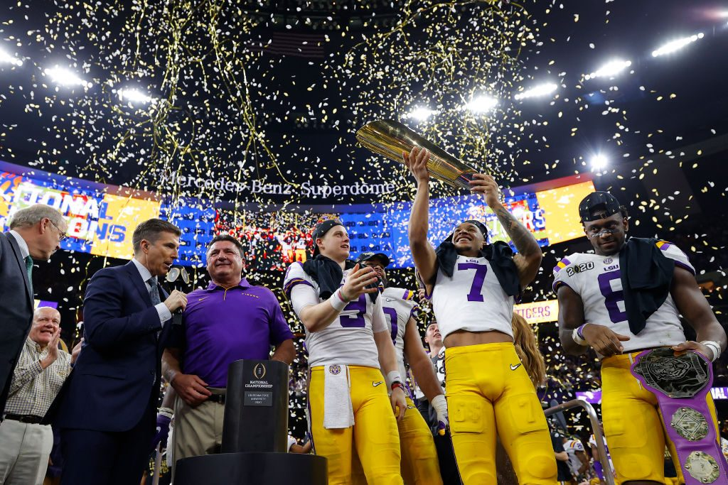 Donald Trump gives LSU football team a championship welcome