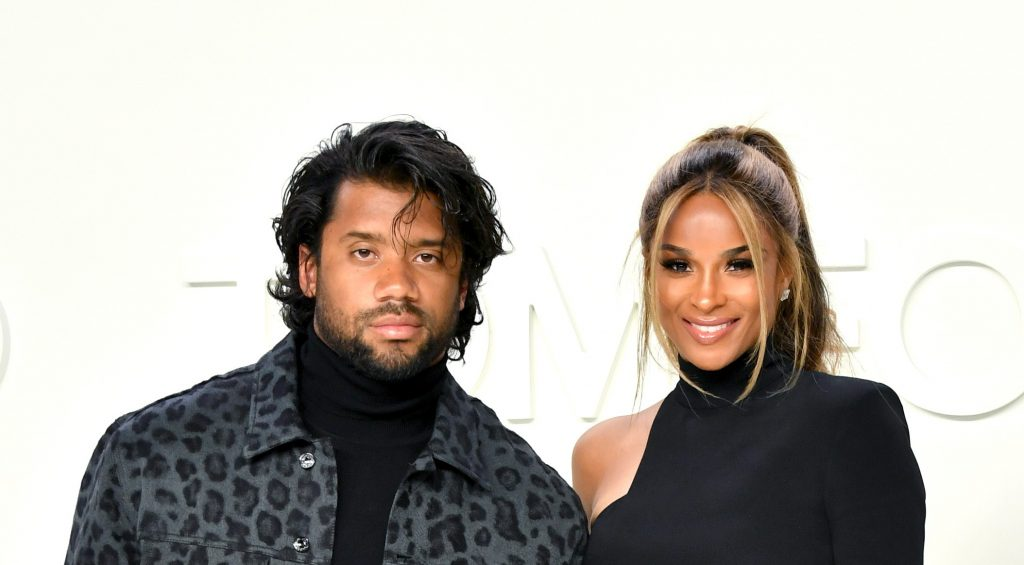 Seahawks Qb Russell Wilson Got Roasted After Debuting His New Hairstyle Pics Tweets Total Pro Sports