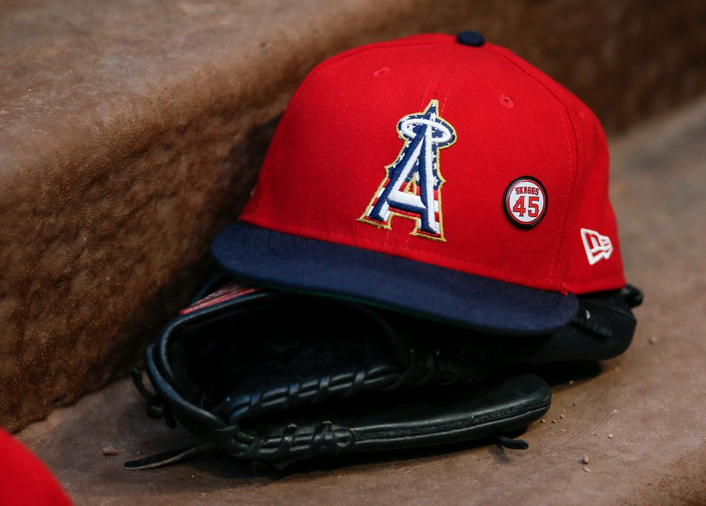 Angels fire visiting clubhouse manager for allegedly helping opposing pitchers