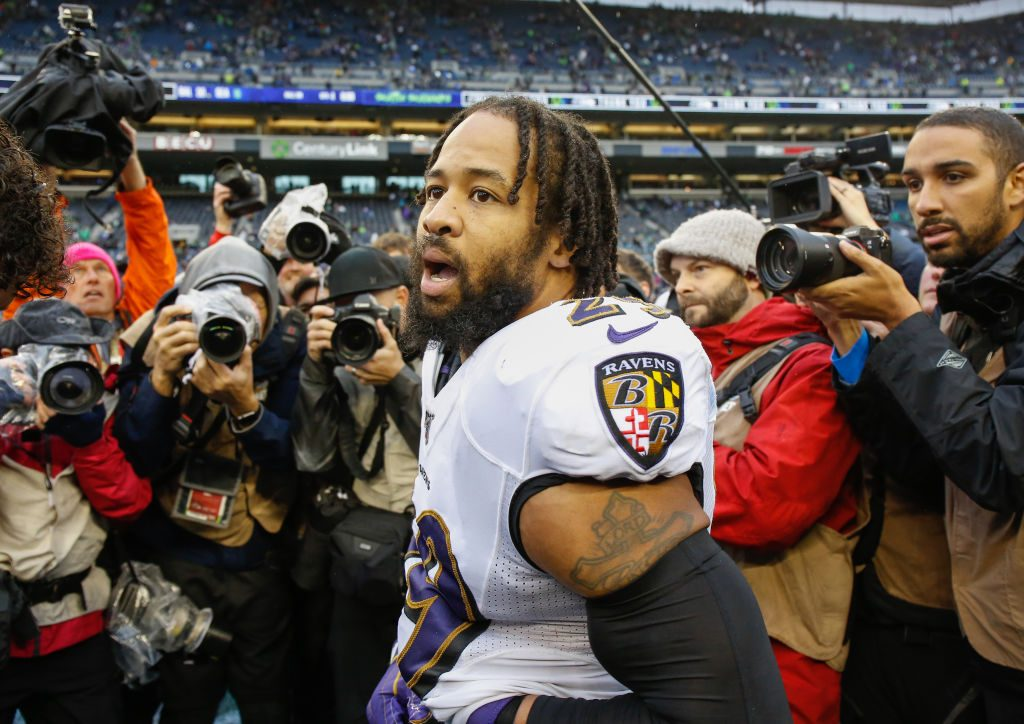 Ravens S Earl Thomas held at gunpoint by wife